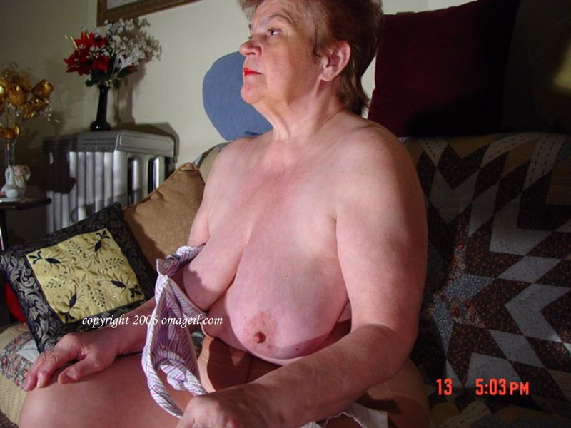 tits granny with Oma old saggy
