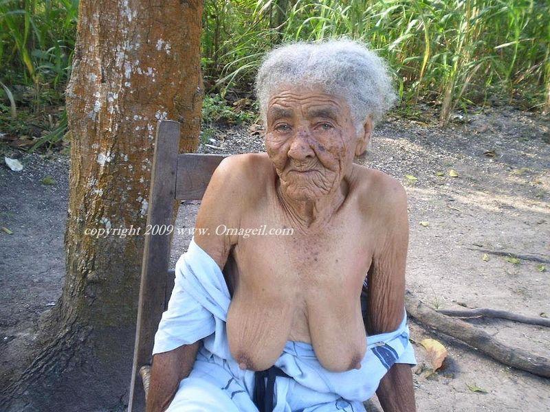 Enjoy videos of older women on the oldest granny web site.