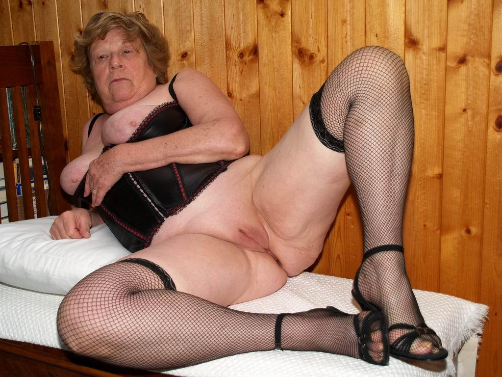 Porno picture for old women