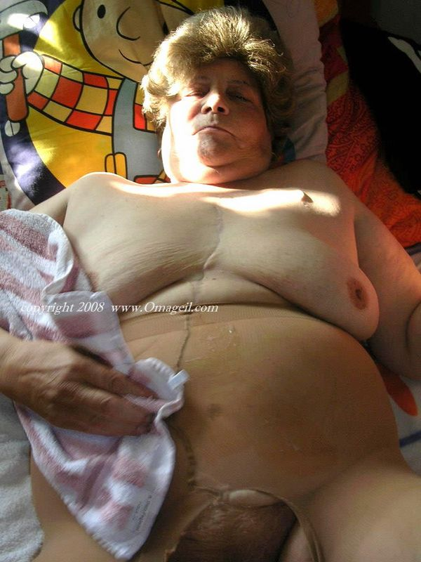 grannies fat tit