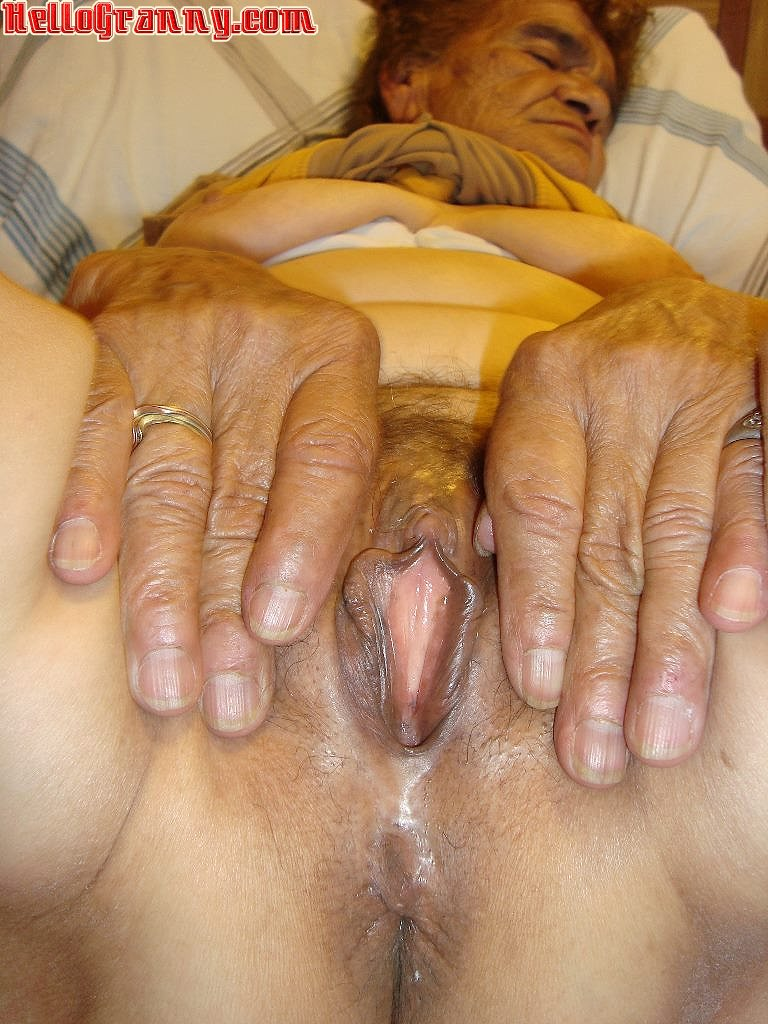 With nude mature photo thumbs 8811