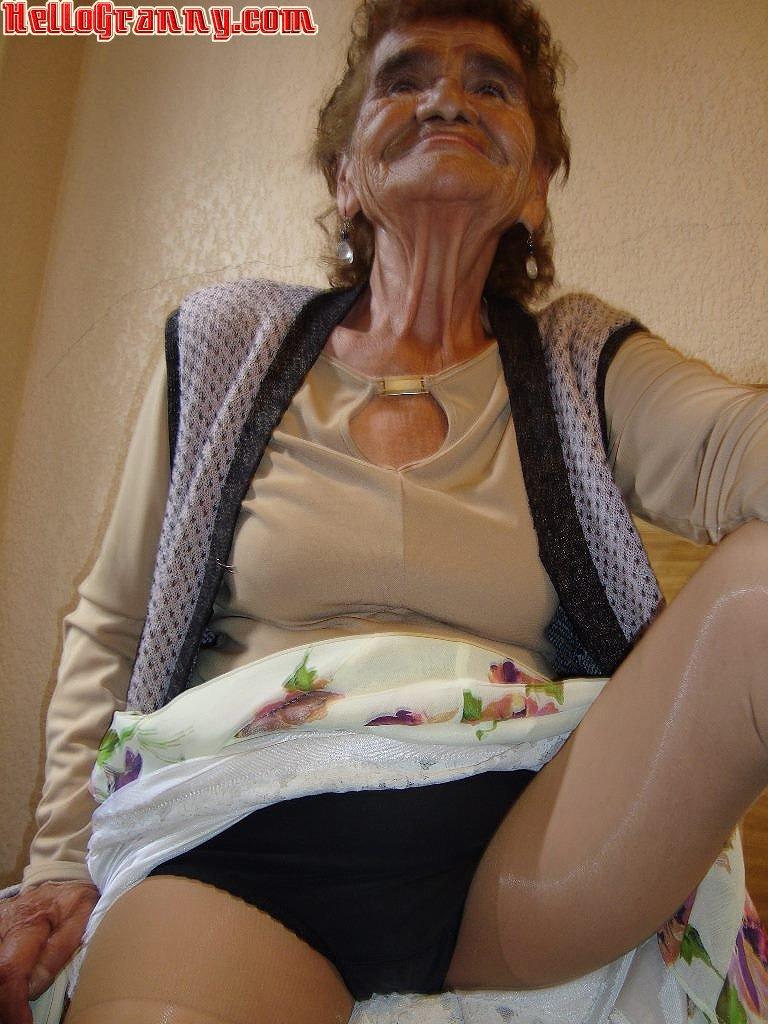 Granny Gallary 83