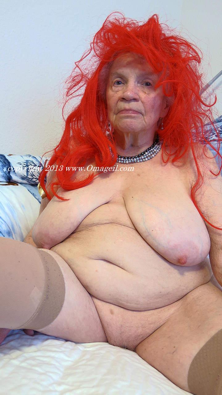 Granny big tits gallery