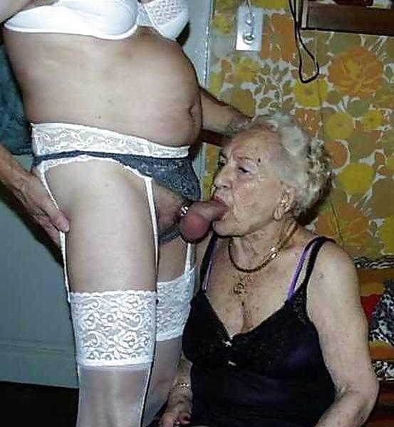 Порно фото старые бабули кроссдрессинг 44417 фотография