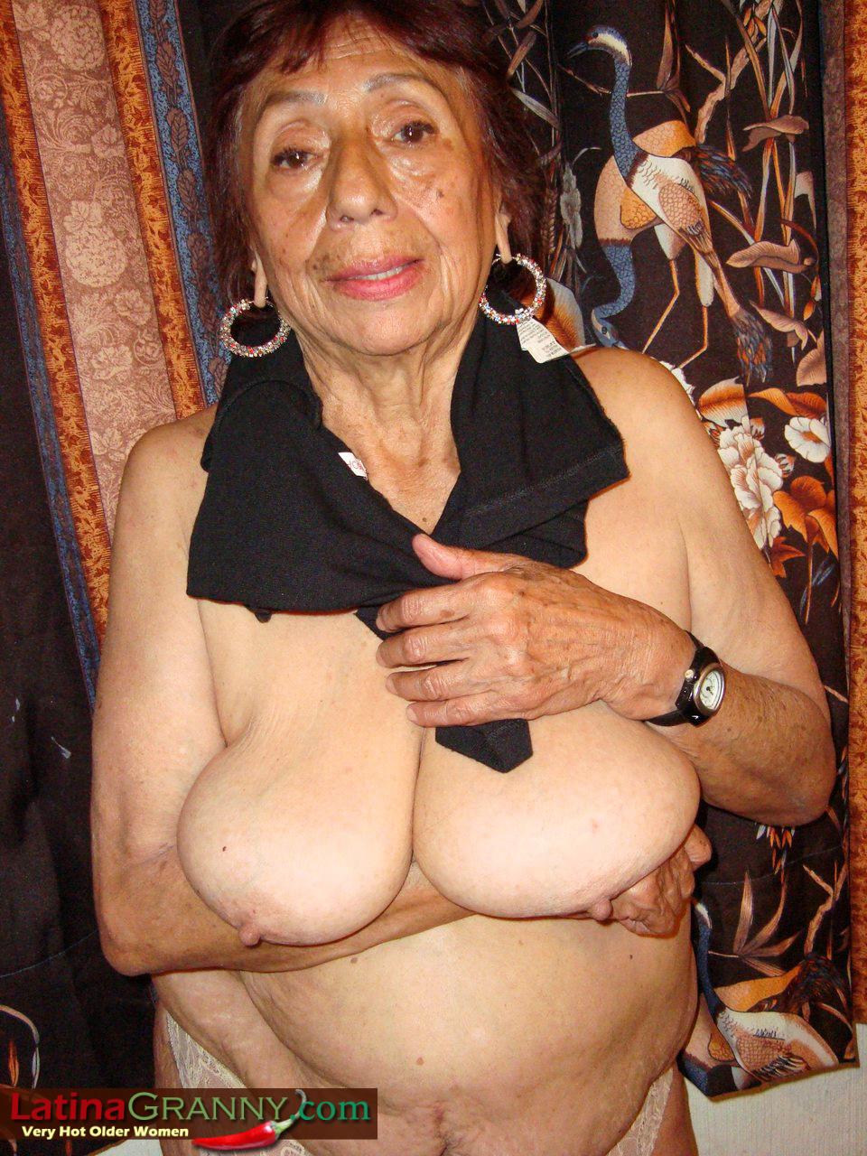 Granny latina tits