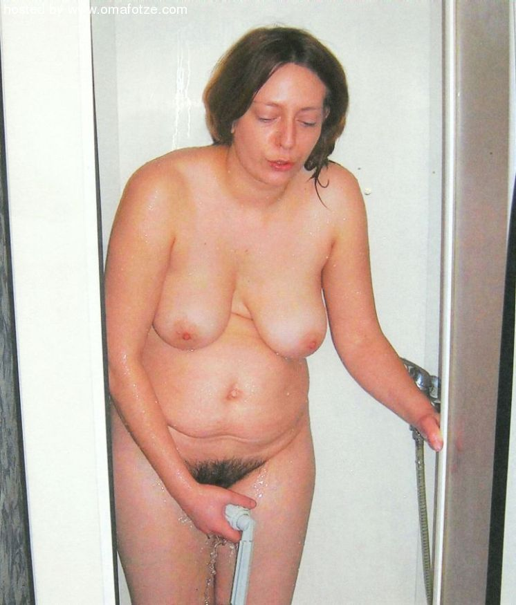 amateur granny tube