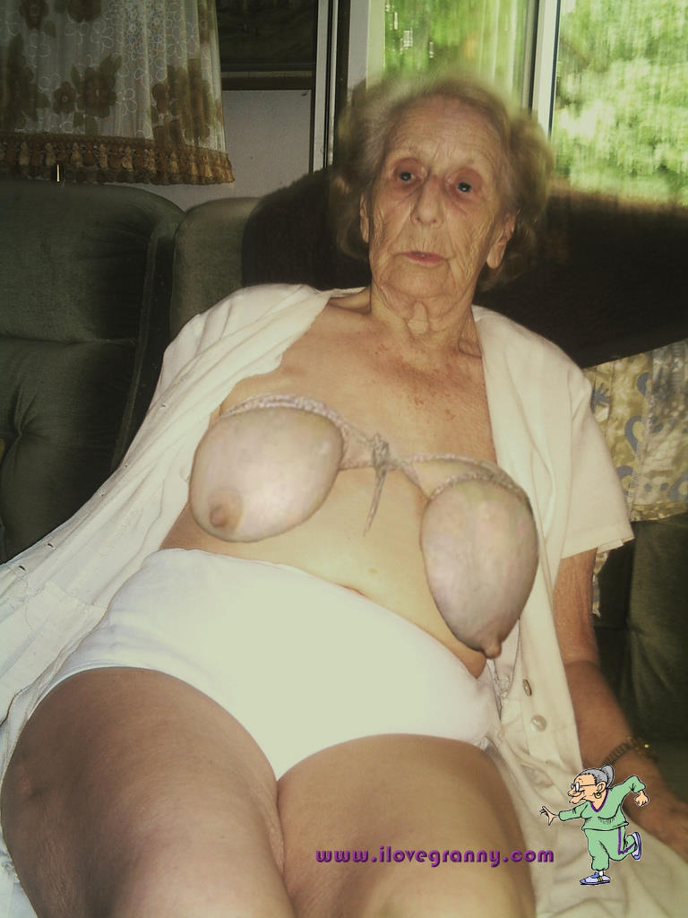 nude pics of very old women